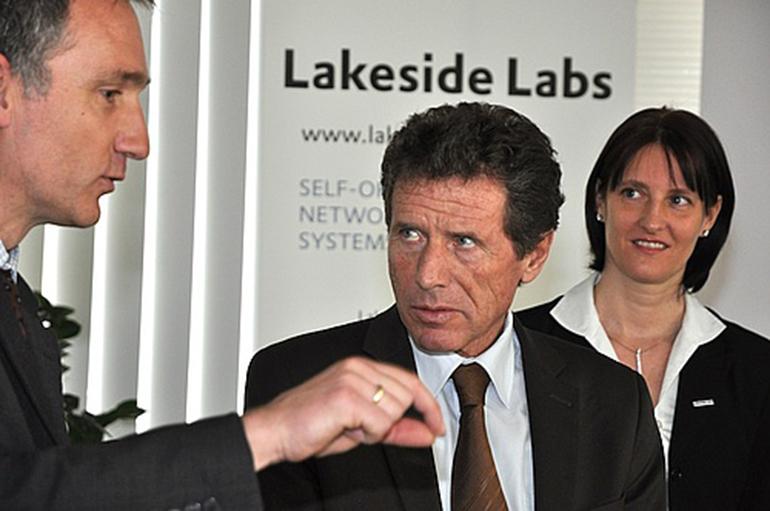 BM Töchterle besucht Lakeside Labs