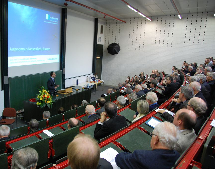 Bettstetter talking at TUM
